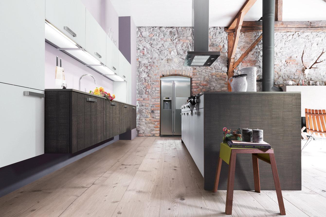 Kitchenworld » 48 Avalon Castle